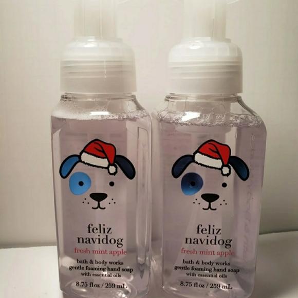 FOAMING HAND SOAP- FELIZ NAVIDOG 2pcs